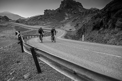 DSC07596 (Gumundur Rbert) Tags: sky white mountain black 35mm cycling climb iceland cloudy f14 sony climbing rolf prima reykjavk sland ares a7ii pansonic samyang reihjl rokinon