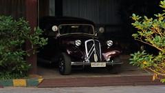 Vintage Citroen car (asitrac) Tags: street travel car automobile scenery asia cambodia southeastasia scene voiture transportation kh oldcar siemreap indochina siemreapprovince krongsiemreap