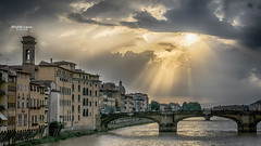God  ? It's you ?! (Tra Te E Me (TTEM)) Tags: lumixfz1000 hdr raw photoshop firenze florence italie pont bridge lumire lignt ciel sky nuages clouds architecture arno rayon