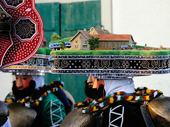 A farm hat on the head (Markus CH64) Tags: st schweiz nikon sylvester kultur klaus mummers markus appenzell brauchtum waldstatt 2013 ch64 ausserrhoden d3s silvesterkluse silvesterklaus silvesterchlaus