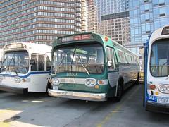 "1961 TDH-5301 #1059 & 1971 GMC T6H-5305A ""Blitz"" #5227 (busdude) Tags: new york city museum authority fishbowl transit newlook blitz metropolitan gmc tdh5301 t6h5305a"
