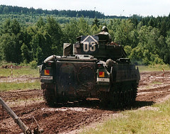 "M3A2 Bradley (10) • <a style=""font-size:0.8em;"" href=""http://www.flickr.com/photos/81723459@N04/9932507734/"" target=""_blank"">View on Flickr</a>"