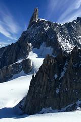 Chamonix, massif du Mont-Blanc, dent du Gant (Ytierny) Tags: france vertical piton neige chamonix crevasse montblanc glace alpinisme hautesavoie valleblanche et srac massifdumontblanc dentdugant hautemontagne glacierdugant alpesdunord ytierny
