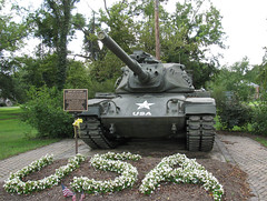M60A3 Patton AAD Rebuild SN 4324A in Moscow (Lunken Spotter) Tags: park ohio army memorial tank patton moscow military tracks cannon vehicle oh preserved tanks veterans usarmy afv tracked 105mm veteransmemorial armies localpark m60a3 armoredfightingvehicle m60patton m60a3patton