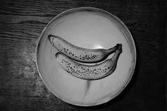 banana (PiddiW) Tags: blackwhite pattern structure schwarzweiss kontrast silverefex