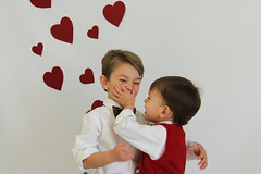 IMG_4100-1 (lit t) Tags: hearts cards brothers valentines toddlerboy pinspiration inspiredbypinterest terridoaktaylor
