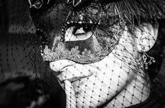 El silencio hace ruido (juliet_earth) Tags: carnival venice portrait italy art beauty face look fashion mystery mujer eyes women arte mask retrato cara moda photojournalism ojos florencia carnaval venecia venezia mujeres belleza misterio mscara womn portraitsociety