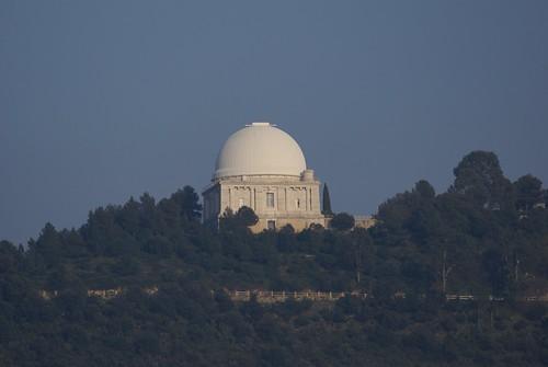 Observatoire de Nice, La Coupole Bischoffsheim, abritant la lunette principale.
