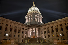 Wisconsin State Capitol Building At Night (helikesto-rec) Tags: building wisconsin capitol statecapitol capitolbuilding