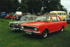 Ford Popular - 446 EBH & Ford Cortina - DYW 923J (Andy Reeve-Smith) Tags: ford cortina bedfordshire mk2 popular luton stockwoodpark festivaloftransport