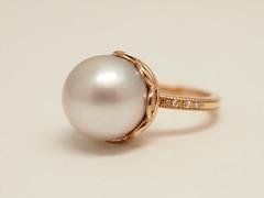 真珠のエンゲージリング South Sea Pearl and  single cut diamond Engagement Ring (jewelrycraft.kokura) Tags: diamond pearl 指輪 pinkgold 18k 真珠 milgrain ダイヤモンド 婚約指輪 エンゲージリング ピンクゴールド ダイヤ ゆびわ
