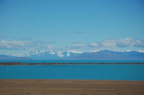 "Lago del Desierto <a style=""margin-left:10px; font-size:0.8em;"" href=""http://www.flickr.com/photos/125852101@N02/16353416180/"" target=""_blank"">@flickr</a>"