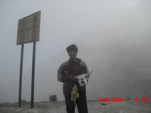 "Pengembaraan Sakuntala ank 26 Merbabu & Merapi 2014 • <a style=""font-size:0.8em;"" href=""http://www.flickr.com/photos/24767572@N00/26888449120/"" target=""_blank"">View on Flickr</a>"