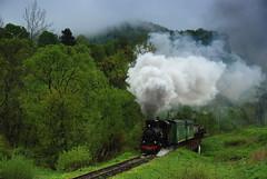 Kp4-3772 (DoctorMP) Tags: mountains rain clouds train para polska railway steam polen locomotive gauge narrow gry bieszczady dampflok gebirge deszcz wiosna kolej chmury parowz lena bkl schmalspurbahn wskotorwka parowozy wskotorowa kp4 dampfloks wsk kp43772