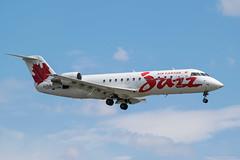 CRJ-200(ER) Air Canada Jazz (C-FIJA) - YUL (Sylvain C-G ✈) Tags: plane nikon landing final planes spotting crj yul canadair aricraft crj200 cyul avgeek crj200er planspotting cfija d5300