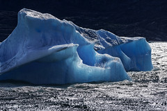 Blue diamond on Lake Argentino (marko.erman) Tags: world park blue sky patagonia sun lake cold heritage ice nature water argentina beautiful beauty clouds montagne landscape site los eau sony peaceful sunny diamond unesco worldheritagesite national stunning glaciers serene iceberg paysage extrieur pristine glaciares losglaciaresnationalpark