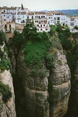 Ronda (Tissoz) Tags: espaa cliff spain village altitude andalucia ronda ravine