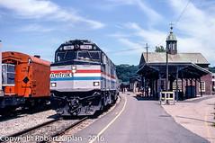 228, White River Jcn., VT, 6-1995 (Rkap10) Tags: railroad other vermont places amtrak albums locomotives f40 railroadslidescans