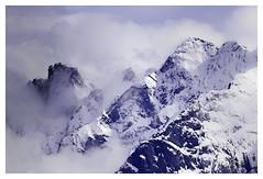 Alpengipfel (memories-in-motion) Tags: blue schnee mountain snow nature weather clouds canon landscape photography austria tirol air natur wolken sigma berge tele alpen kalt landschaft wetter zillertal gebirge alpengipfel canoneos7dmarkii 7dmarkii sigma150600mmf563dgoshsm|sports