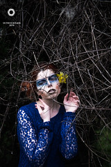BLUE DAFFODIL (Un tocco di Kaos) Tags: blue flower yellow female daffodil redhair narciso umbria photoset beautifulgirl nikonitalia photobeauty nikond610 untoccodikaos
