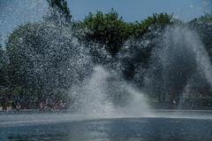 Hirshhorn Museum -2 (Webtraverser) Tags: washingtondc nationalmall waterfountain sculpturegarden nationalgalleryofart d7000