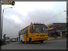 Buseta Trans Nuevo Horizonte S,A, 19625 (Los Buses Y Camiones De Bogota) Tags: bus colombia bogota sa trans autobus nuevo horizonte buseta 19625 usme busologia