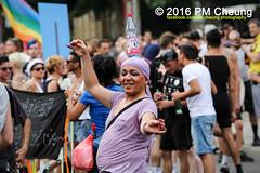 X*CSD 2016 - Yalla auf die Strae! Queer bleibt radikal! / Yalla to the streets  queer stays radical!  25.06.2016  Berlin - IMG_5367 (PM Cheung) Tags: kreuzberg refugees parade demonstration queer polizei so36 csd neuklln 2016 christopherstreetday ausbeutung heinrichplatz flchtlinge rassismus sexismus homophobie xcsd diskriminierung oranienplatz transgenialercsd csdberlin m99 heteronormativitt tcsd berlincsd lgbtqi gentrifizierung oplatz pmcheung csdkreuzberg pomengcheung sdblock facebookcompmcheungphotography gerharthauptmannrealschule transgendern eincsdinkreuzberg mengcheungpo friedel54 yallaaufdiestrasequeerbleibtradikal kreuzbergercsd2016 yallatothestreetsqueerstaysradical christopherstreetday2016 euro2016fussballem 25062016