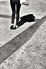 2016-06-22_06-37-09 (Irene Fabregues) Tags: madrid street streetphotography streetphoto rebelt3i canonef5018