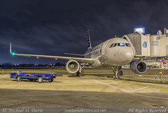 American Airlines Airbus A319-115 (N9015D) (Michael Davis Photography) Tags: airplane photography ramp gate nashville aviation flight jet american airbus arrival americanairlines aa airliner jetliner bna a319 oneworld nashvilletennessee kbna airbusa319 nashvilleairport n9015d
