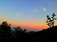 Amazing sunset over the mountains.. (robertopugniparma) Tags: lgg3 lg lgg3d855 sunset photography passion nature sun wind plant mysticplace colours magic forest wood earth armony italy summer friends