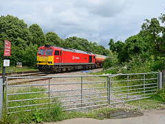 60039. (curly42) Tags: railway tug freight dbs freighttrain murco class60 haresfield 60039 6b13