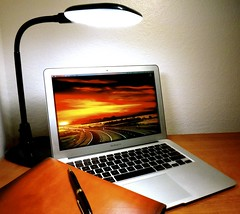 Macbook Air 2013 News May Lumiy LEDs LED Lamp1060867 (stanfordgreentrees) Tags: pro macbook macbookpro macbookair macbookproretina