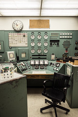 Reactor B Control chair (sharkhats) Tags: washington wwii radiation nuclear weapon ww2 radioactivity atomic reactor hanford manhattanproject hanfordsite reactorb