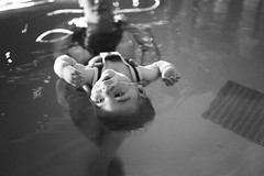 mia in the pool (gorbot.) Tags: blackandwhite rangefinder swimmingpool mia chas balloch hydrotherapy f19 leicam8 robinhouse voigtlander28mmultronf19 childrenshospiceassociationscotland