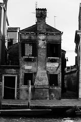 Gesichtshaus - Venedig (kewlscrn) Tags: gesicht alt haus architektur sw venedig remo bivetti