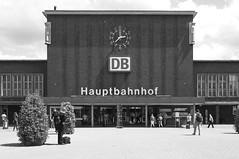 duisburg hbf (micagoto) Tags: building topv111 db hauptbahnhof 1950s duisburg hbf mainstation d7000