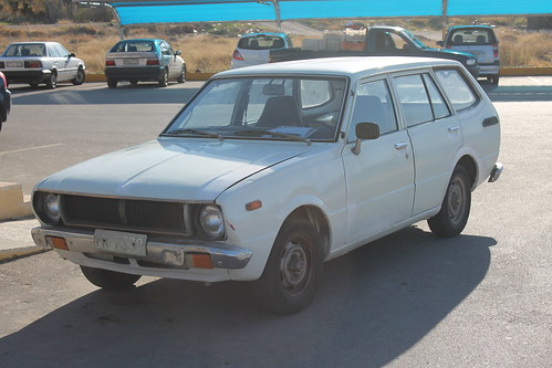 door old original white station wagon japanese nice estate 5 deluxe clean greece charlie illegal toyota unusual 12 1970s rare spec find corolla e30 tidy uncommon e40