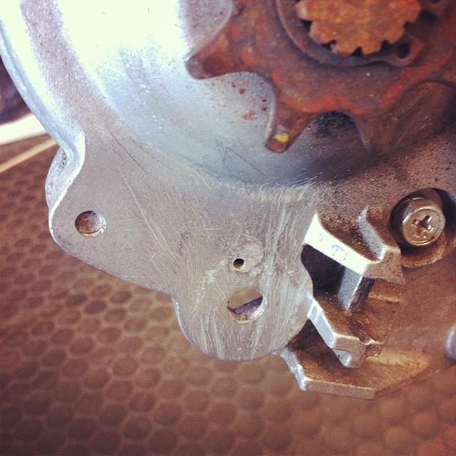 電動アシスト自転車のプーリー折れ修理!邪魔な場所を全部削りました!ツルツル〜♪ #panasonic #修理 #eirin #電動アシスト自転車