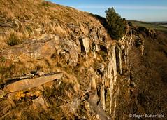 Rocher Cliffs (Roger B.) Tags: cliff unitedkingdom peakdistrict sheffield cliffs crags rocher darkpeak southyorkshire crag rochercliffs