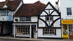 Henley-on-Thames, Oxfordshire - England (UK) (Mic V.) Tags: street old uk england house ceramica building shop stone thames architecture store coach magasin natural bell britain terracotta united great kingdom bull tudor grama gb granite limestone marble slate henley oxfordshire blend oxon