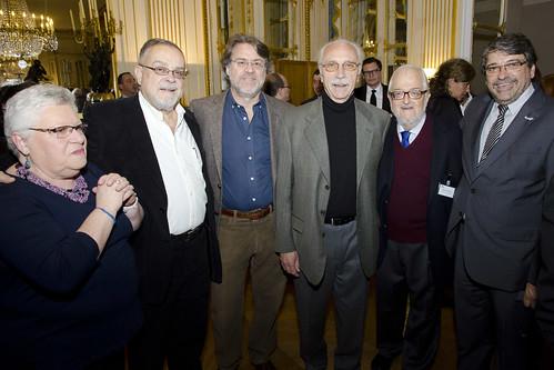 Futoransky, Giardinelli, Forster, Goloboff, Divinsky y Hamawi en la inauguración de Tierra de Luz. Una muestra que celebra la cultura y solidaridad franco-argentina