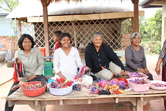 "Women's Island - Ready to sell us bracelets they made <a style=""margin-left:10px; font-size:0.8em;"" href=""http://www.flickr.com/photos/46768627@N07/13295511765/"" target=""_blank"">@flickr</a>"