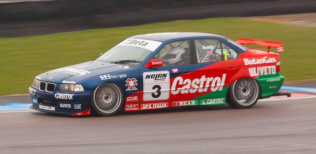 paulsmith motorracing motorsport thruxton bmw320 historictouringcars thruxtoneasterrevival