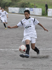 DORN-TIRS 022 1200 (Alberto Segade) Tags: sports football nikon soccer infantil nikkor ftbol oleiros codesal d300 dorneda nikkorzoomlens nikond300 nikon80200afs