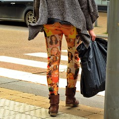 (Hermellin de la Villette) Tags: street city people urban man color girl candid streetphotography unposed fujifilmx charleroibelgium