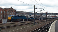 Hired in Hull Train (dgh2222) Tags: electric set coach bobo trains class hull doncaster southyorkshire dvt markiii class86 861 82115 86101 cargod