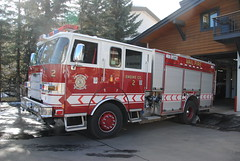 Vail Fire and Emergency Services Department Engine 2 (zamboni-man) Tags: city winter mountains public creek river fire town skiing village state eagle cities rocky police battle villages beaver valley vail gore sheriff championships towns ems avon command patrol fis whelen 2015 safey