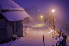 La neige  Montmin. Haute Savoie, France. (Thomas Szymczak) Tags: winter snow france topf25 alpes topf50 topf75 hiver savoie topf150 topf100 74 paysages topf200 montagnes neiges autofocus rhnealpes montmin flickrsbest canonfrance ts
