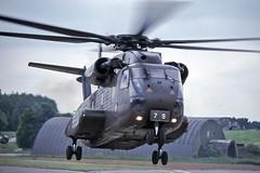 Lige-Bierset 1998 : CH-53G 84+79 German army aviation (Hermen Goud Photography) Tags: minolta kodak slide slidefilm airshow helicopter 1998 kodachrome jollygreengiant luik analoog 7000i 8479 bierset k64 ch53g helimeet