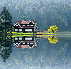 Glck... 072_1 (Ozcan MALKOCER) Tags: travel house lake reflection tree green nature pinetree forest turkey photography outdoor trkiye naturepark bolu glck colorimage famousplace golcuk squareimage treearea